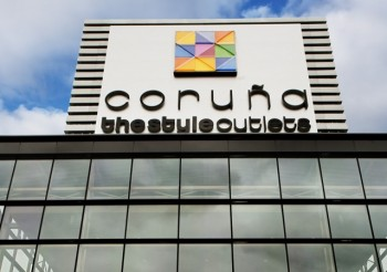 Ninguna no usado esencia  Coruna The Style Outlets - Outlet Malls