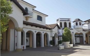 Puglia Outlet Village - Outlet Malls