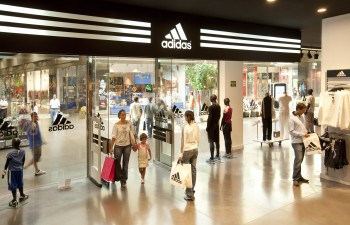 lanzamiento Lavandería a monedas Problema  San Sebastian de los Reyes The Style Outlets - Outlet Malls
